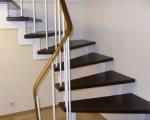 Renovierung: lackierte Treppe in gebeizte Treppenstufen